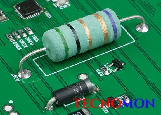 Montagem de circuitos eletrônicos pth